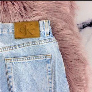 VTG Calvin Klein Distressed High Waist Mom Jeans